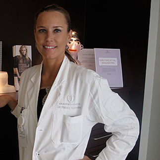 Plastic Surgeon Riikka Veltheim